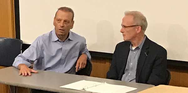 Producer Paul Green of Anonymous Content and NwSG President Geof Miller discuss entertainment industry trends at Seattle University.